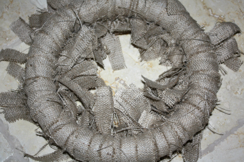 burlap wreath backside